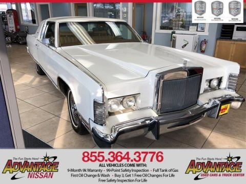 Pre-Owned 1977 Lincoln Town Car